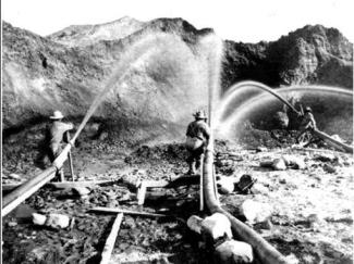 hydraulic_mining_operation